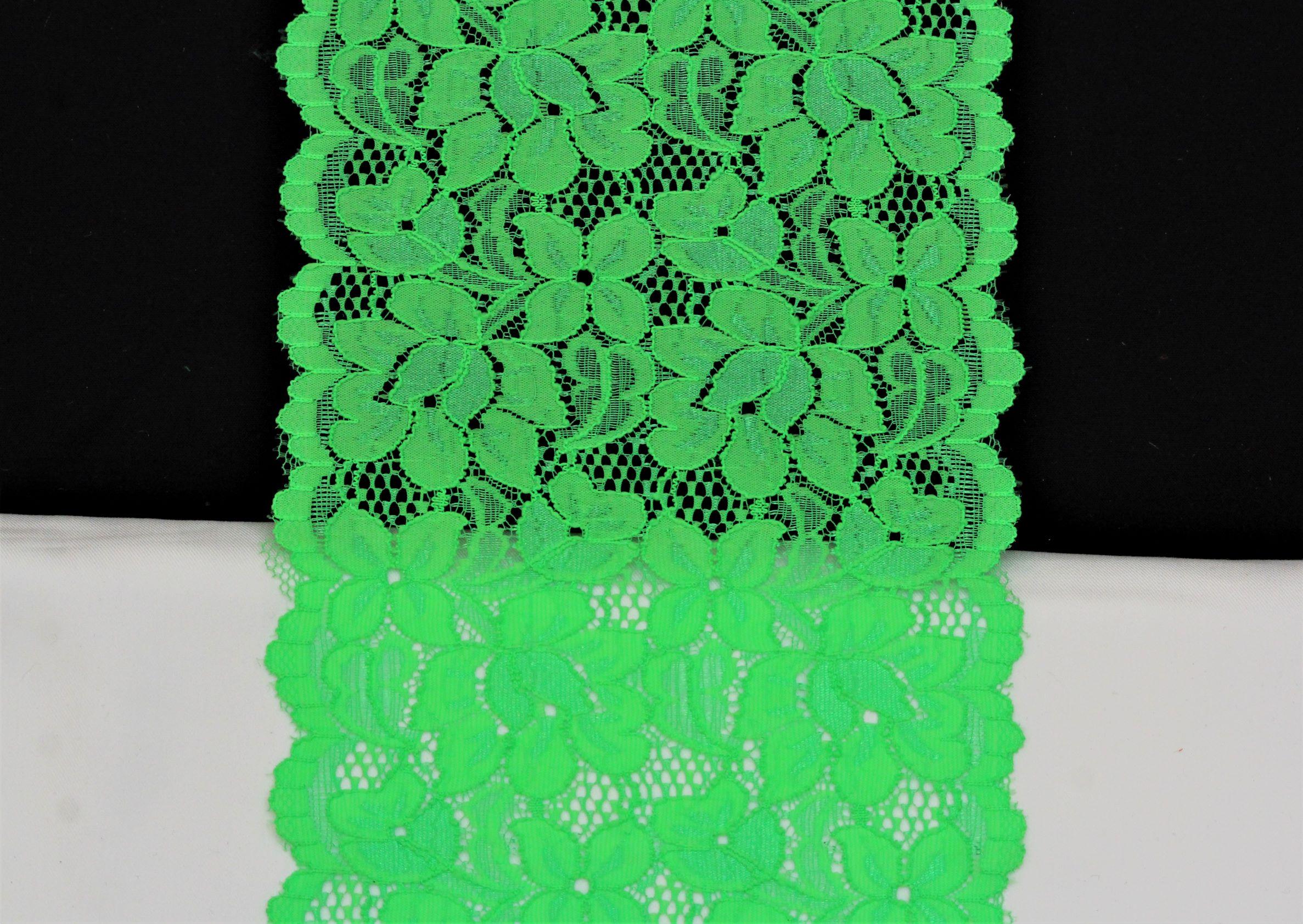 dentelle fleuri vert fluo