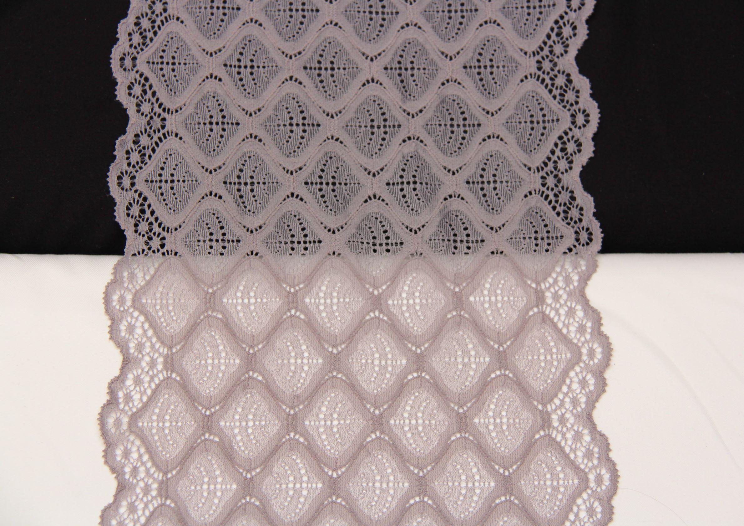 dentelle géometique gris