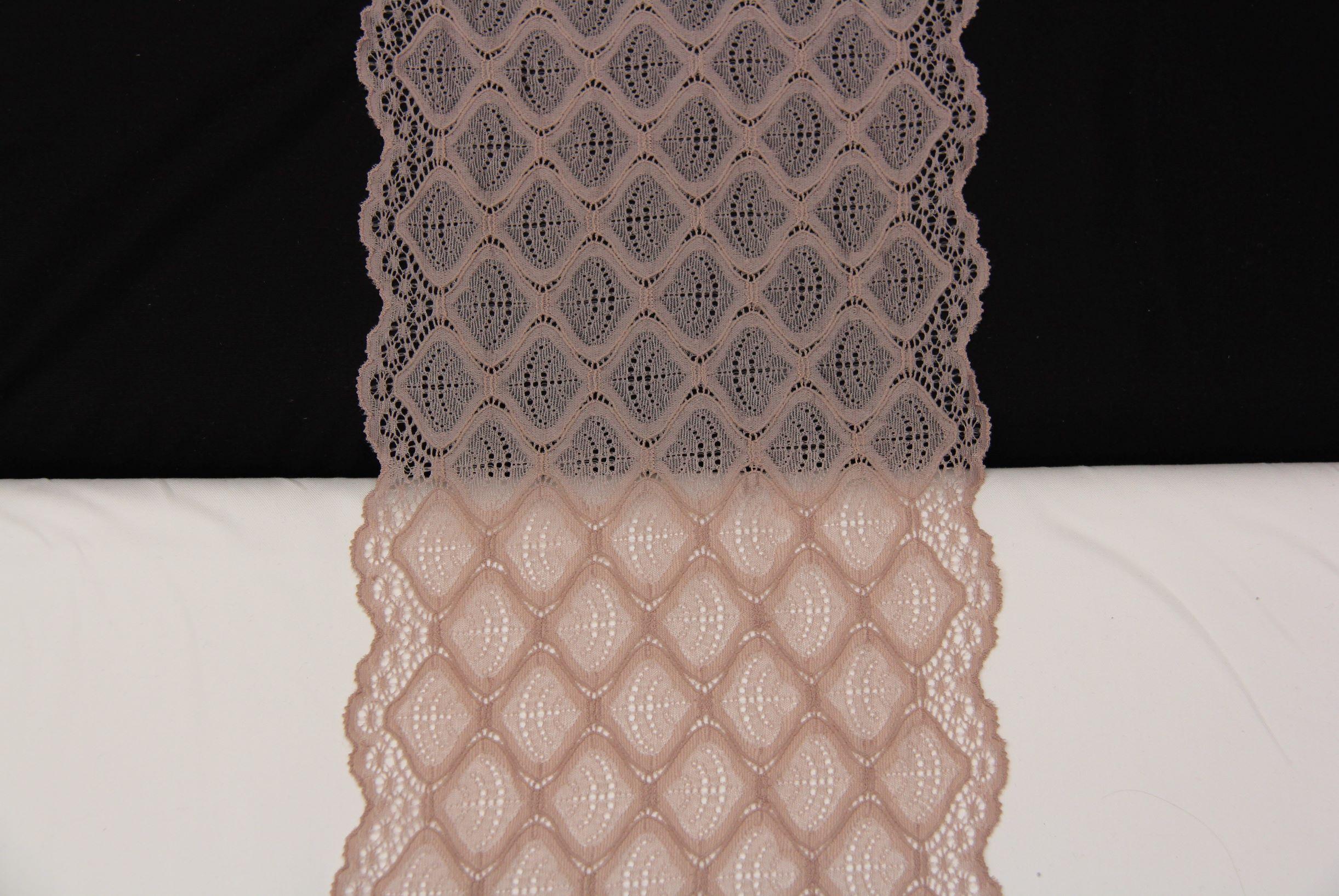 dentelle géometrique taupe clair