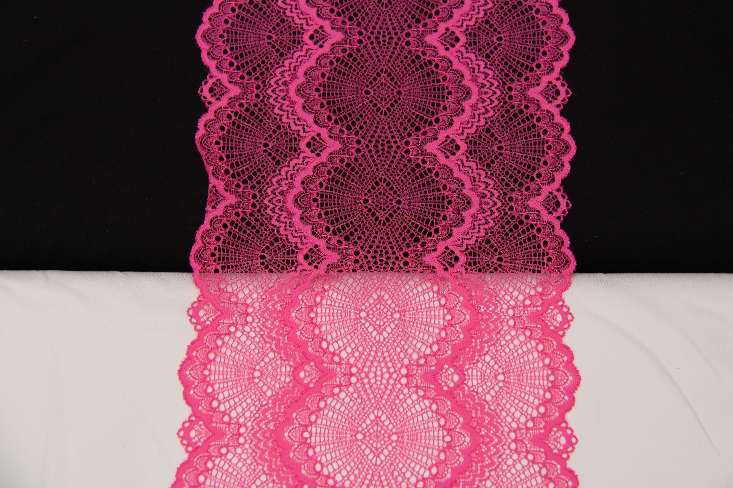 dentelle géometrique rose fluo